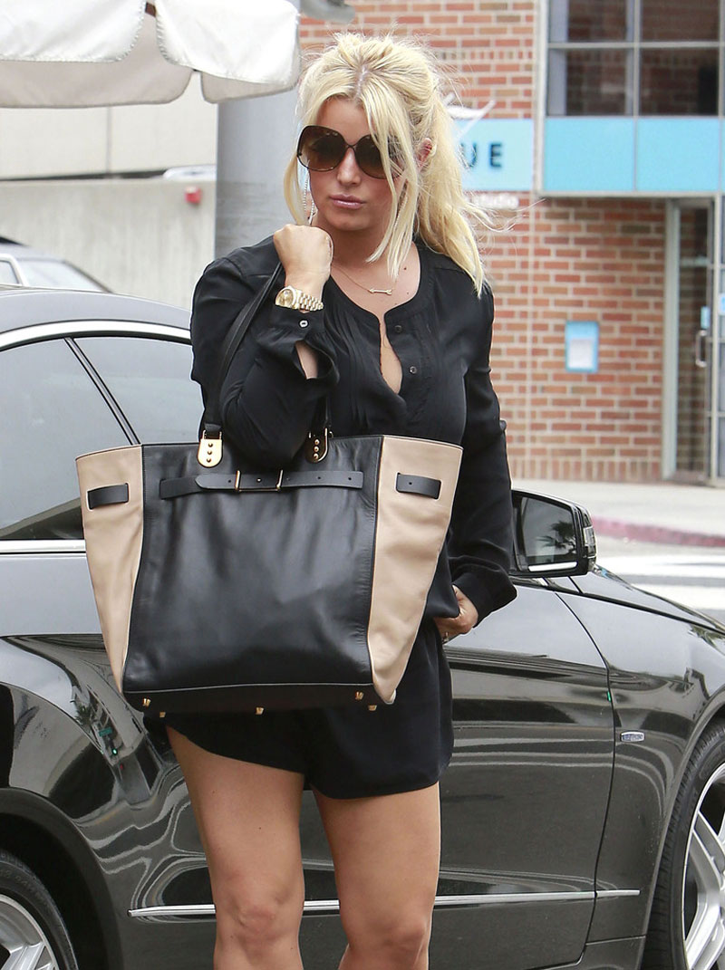 Jessica Simpson Shorts Out About Beverly Hills