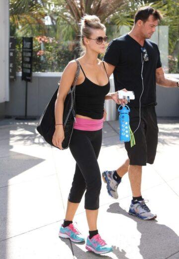 Joanna Krupa Tights Heading Gym Los Angeles