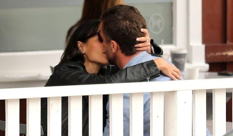 Jordana Brewster Mason Morfit Out Kissing Brentwood (16 photos)