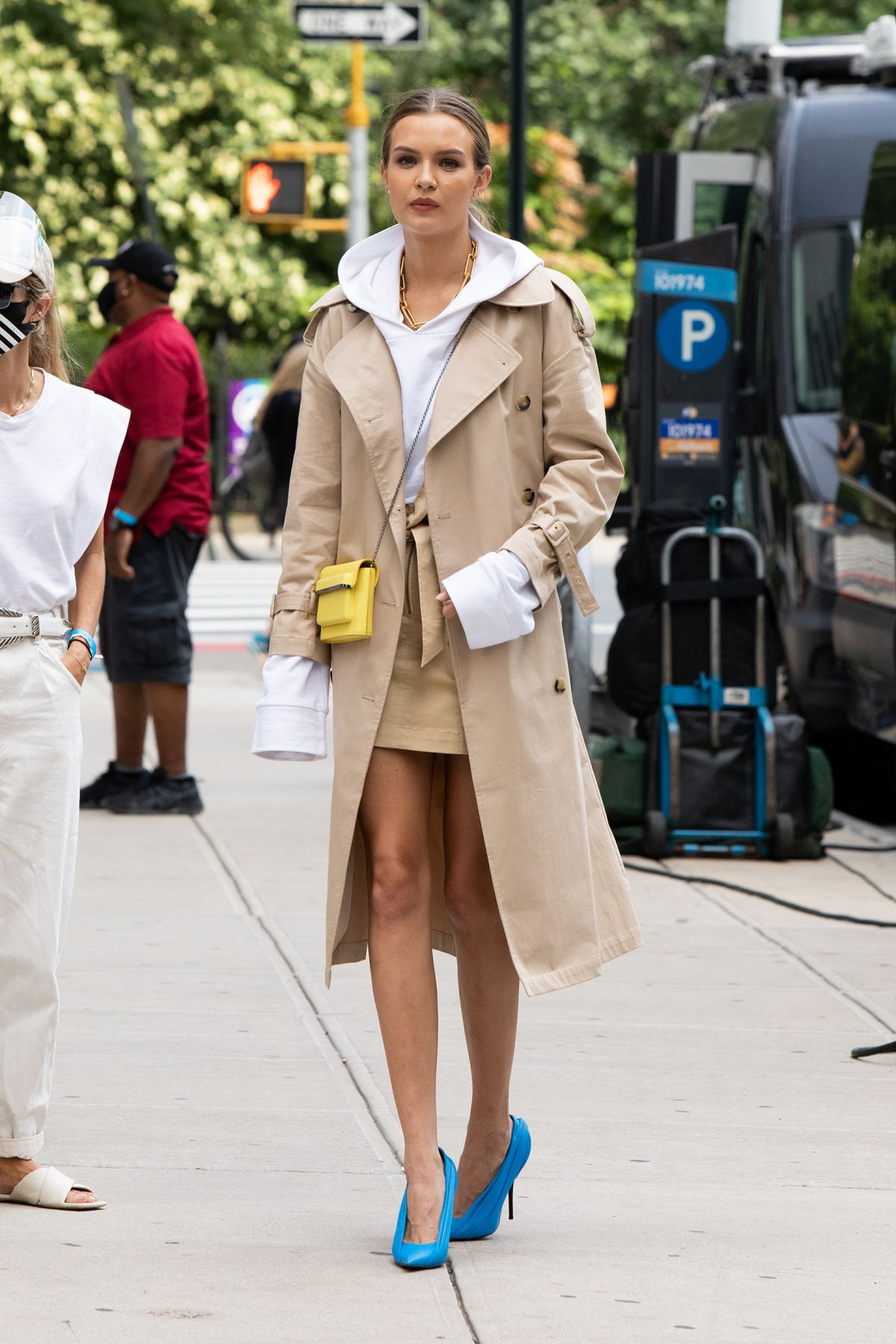 Josephine Skriver Set Maybelline Commercial New York