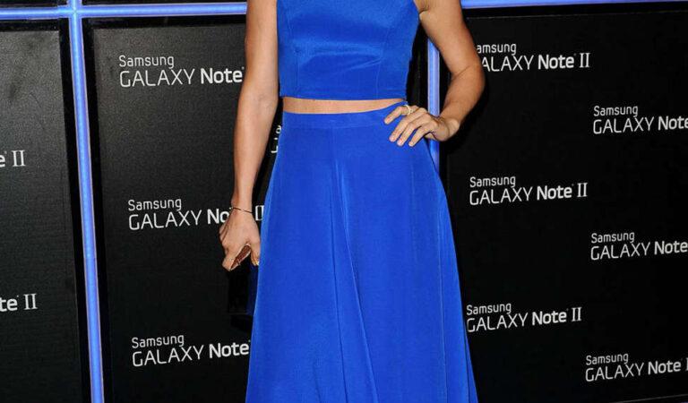 Julianne Hough Samsung Galaxy Note Ii Launch Beverly Hills (2 photos)