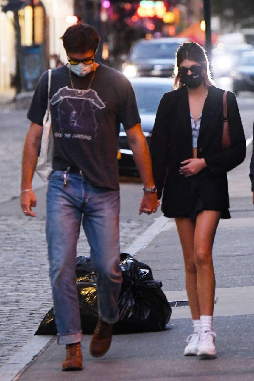 Kaia Gerber Jacob Elordi Heading To Their Apartment New York