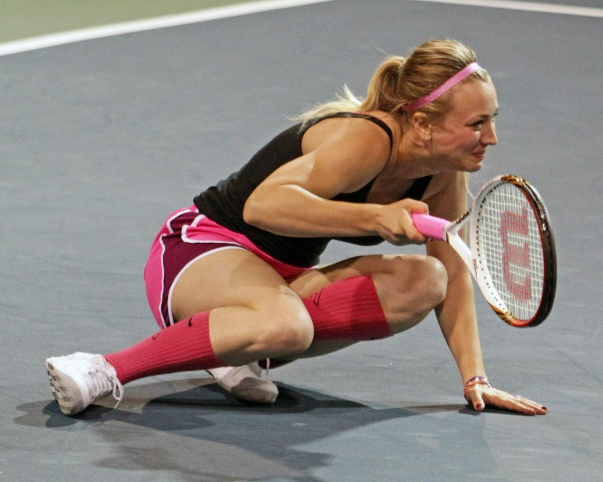 Kaley Cuococ At Charity Tennis Match Calabasas