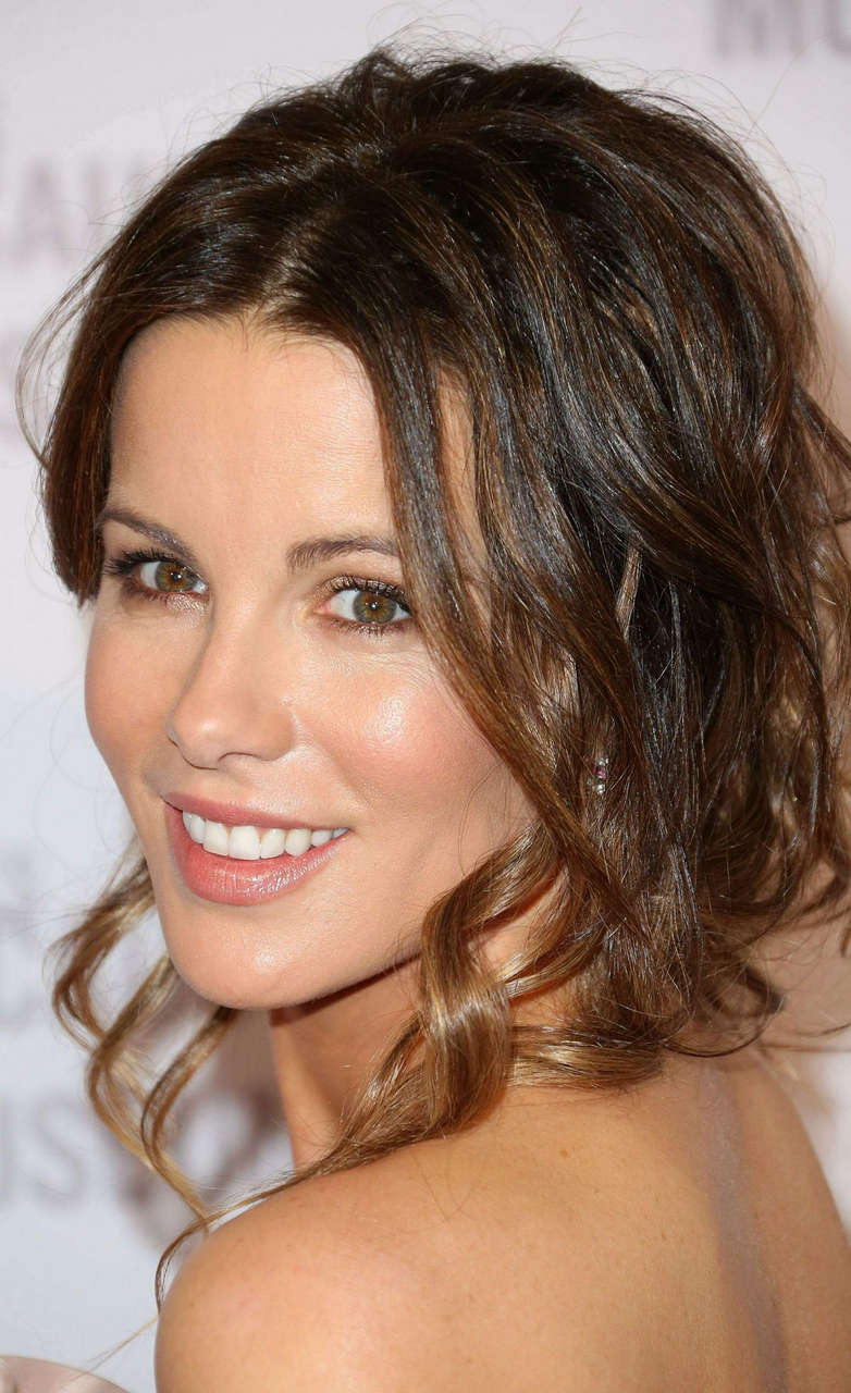 Kate Beckinsale 2014 Los Angeles Dinner What You Do Matters Beverly Hills