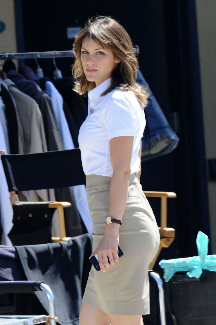 Katherine Mcphee Set Scorpion Los Angeles