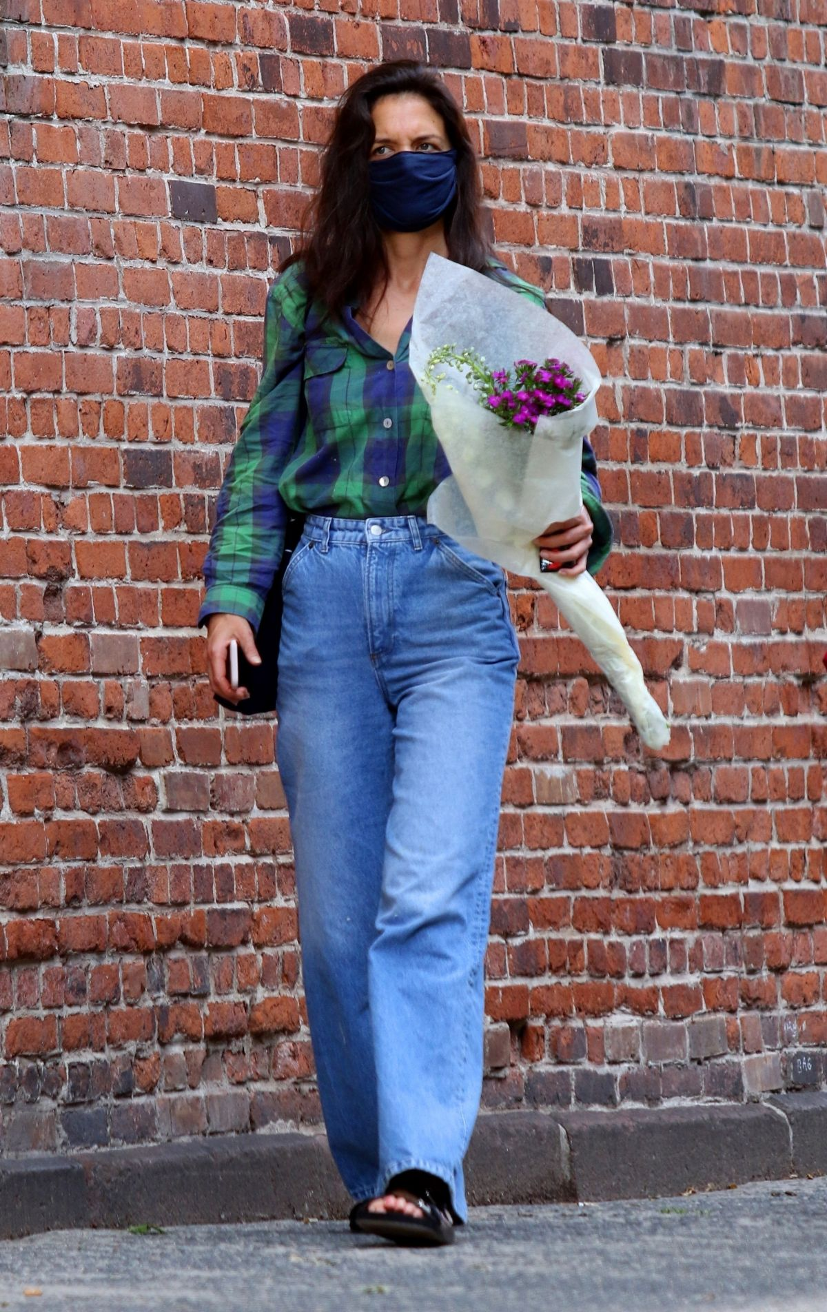 Katie Holmes Out Shopping Flowers New York