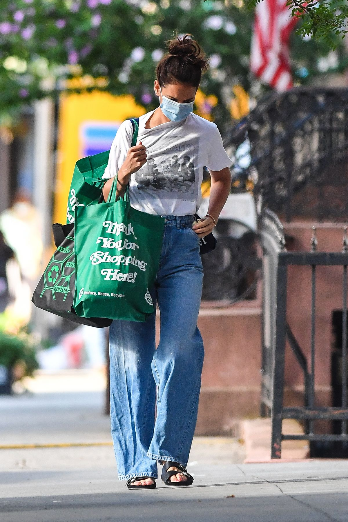 Katie Holmes Out Shopping New York