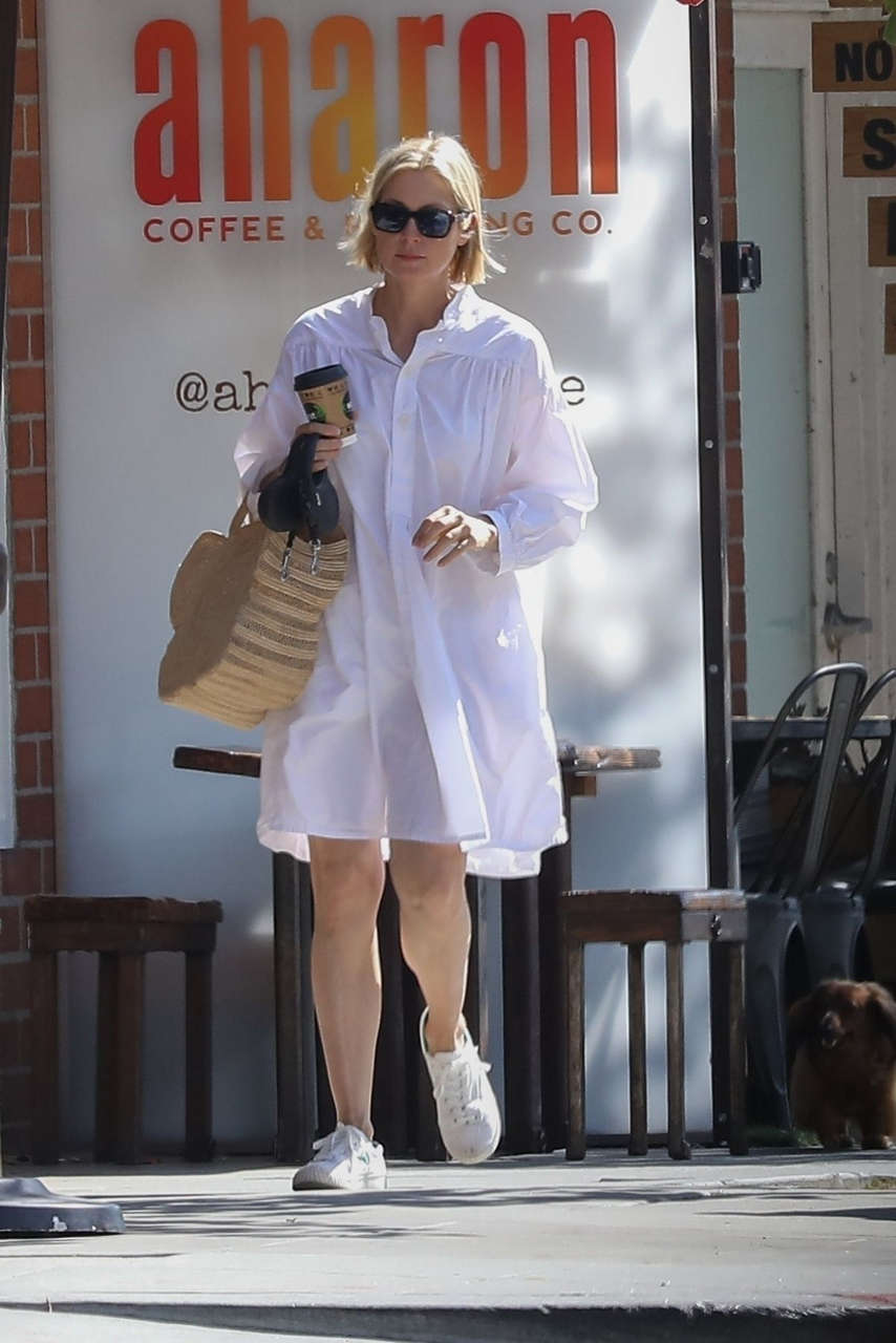 Kelly Rutherford Out With Her Dog Beverly Hills
