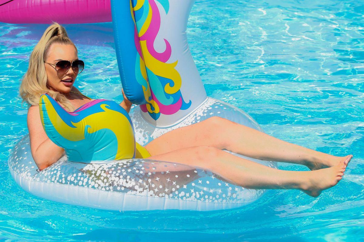 Kelsey Stratford Swimsuit Set Towie Essex
