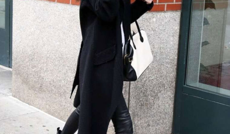 Kendall Jenner Leather Pants Out About New York (10 photos)