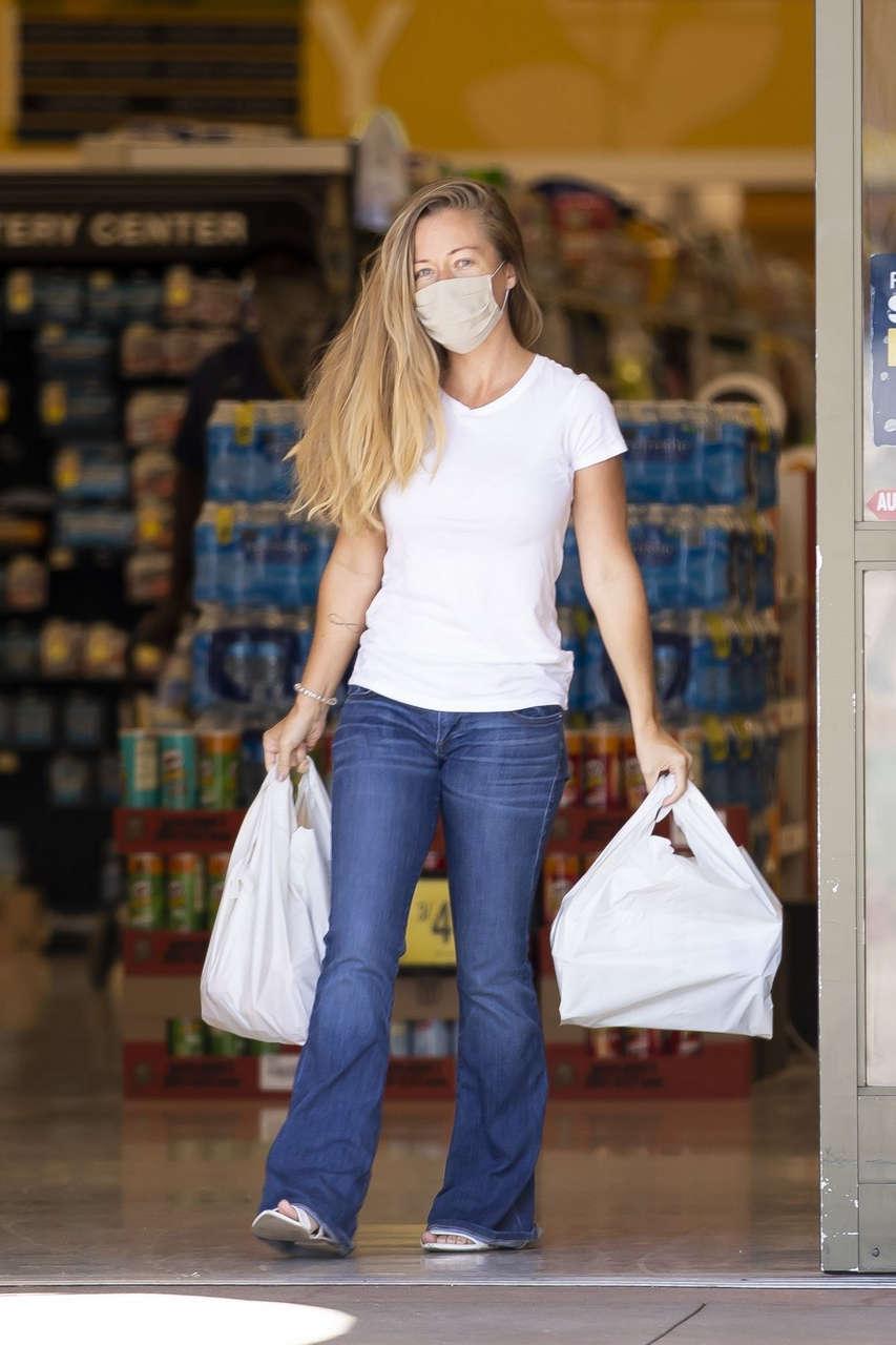 Kendra Wilkinson Out Shopping Calabasas