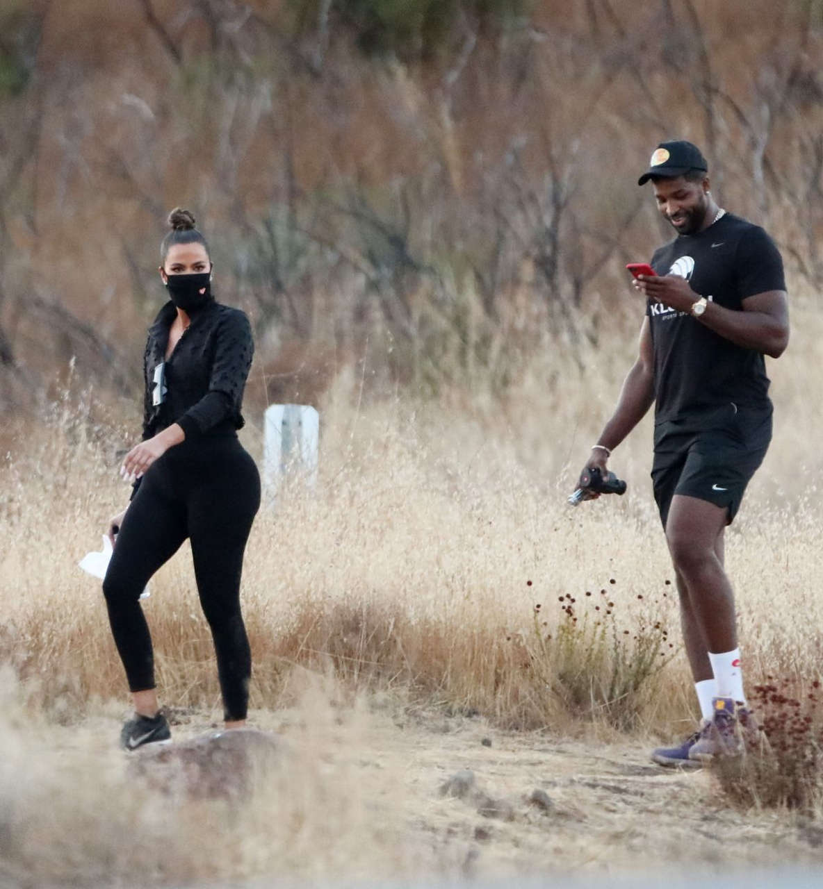 Khloe Kardashian Tristan Thompson Set Of Kuwtk Malibu Hills