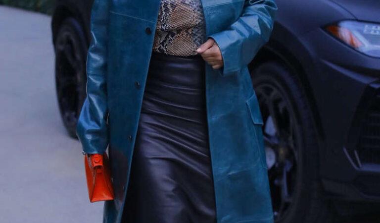 Kim Kardashian Leaves Business Meeting Beverly Hills (10 photos)