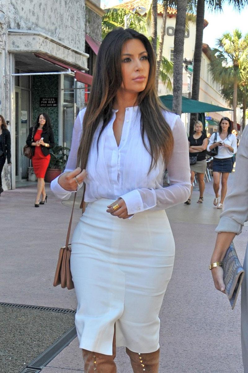 Kim Kardashian Out About Miami