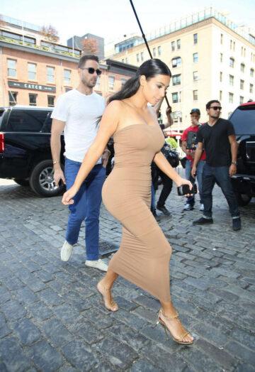 Kim Kardashian Tight Fress Out New York