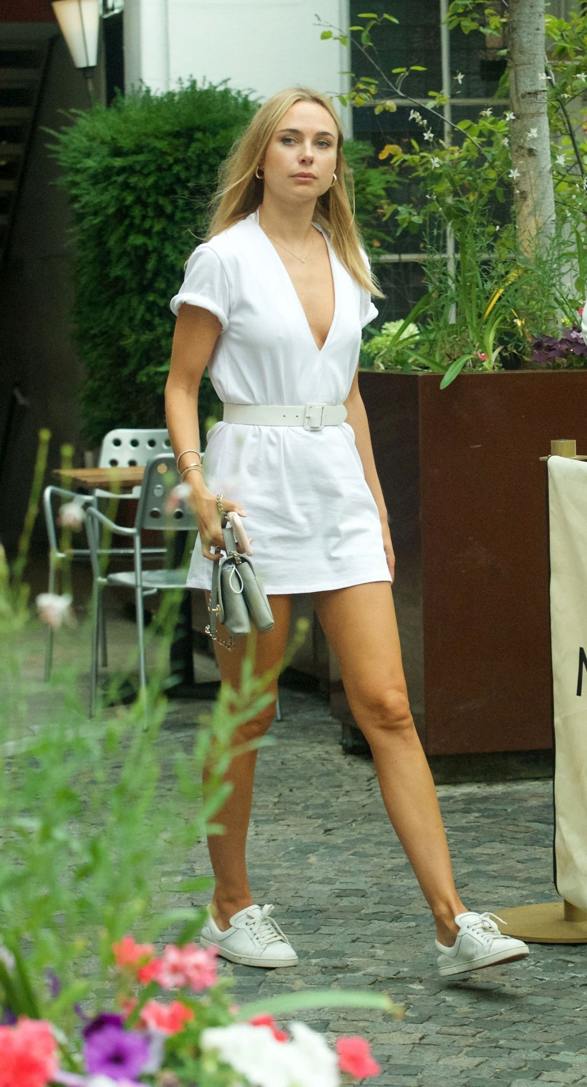 Kimberley Garner Out About Chelsea