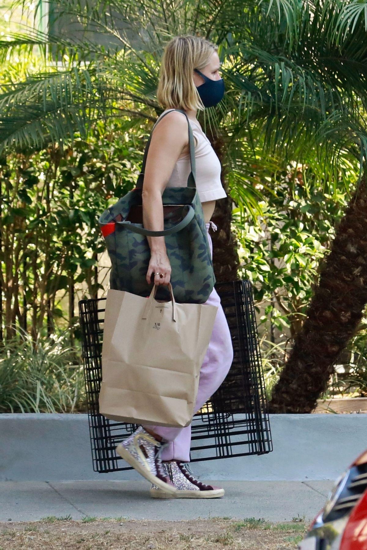 Kristen Bell Out About Los Feliz