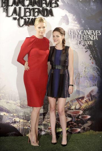 Kristen Stewart Snow White Huntsman Photocall Madrid