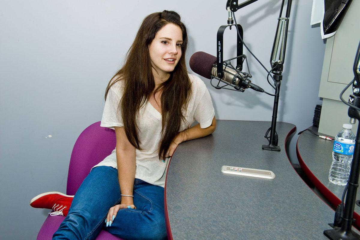 Lana Del Rey Kiis Fm Studios Los Angeles