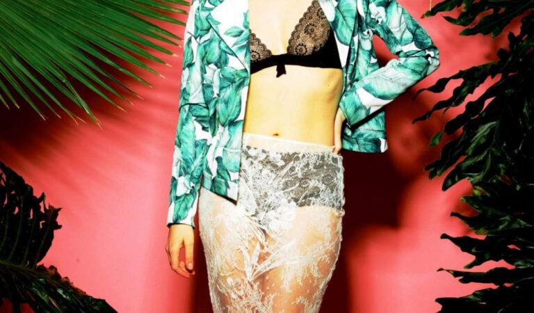 Lauren Cohan Stndrd Magazine (8 photos)