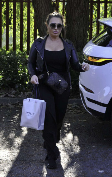 Lauren Goodger Arrives Cosmetic Couture Manchester