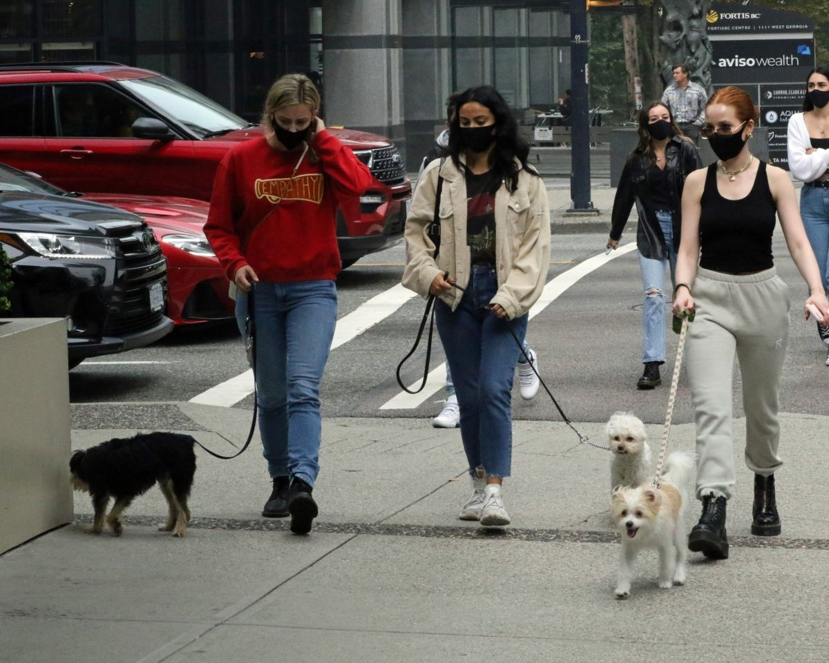 Lili Reinhart Camila Mendes Madelaine Petsch Out With Their Dogs Vancouver