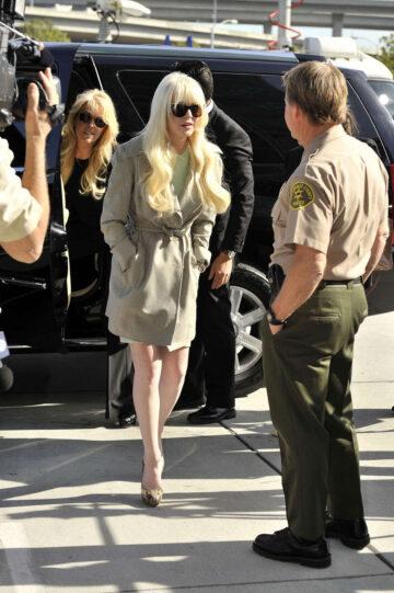 Lindsay Lohan Arriving For Court Appearance Los Angeles