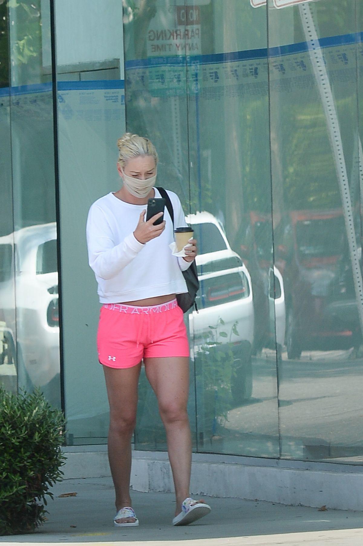 Lindsey Vonn Leaves Salon Los Angeles