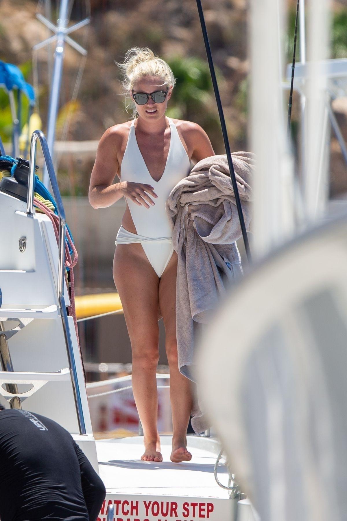 Lindsey Vonn Swimsuit A Yacht Cabo San Lucas
