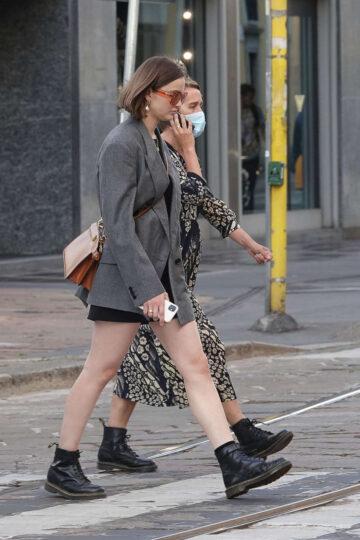 Lisa Vicari Out Milan Fashion Week