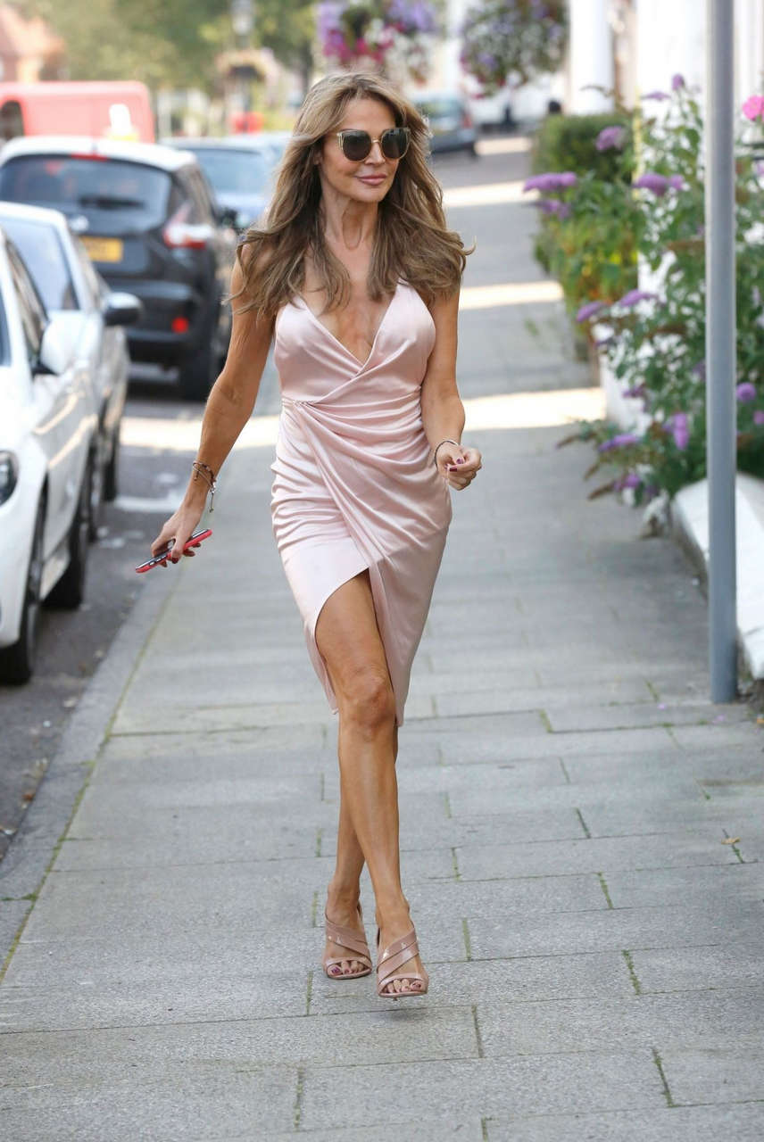 Lizzie Cundy Out About London