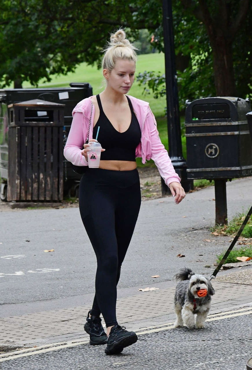 Lottei Moss Out About London