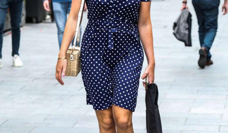 Lucy Horobin Arrives Global Radio London (7 photos)