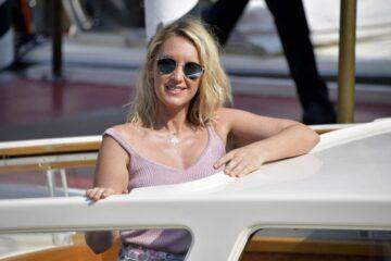 Ludivine Sagnier Arrives Hotel Excelsior Venice