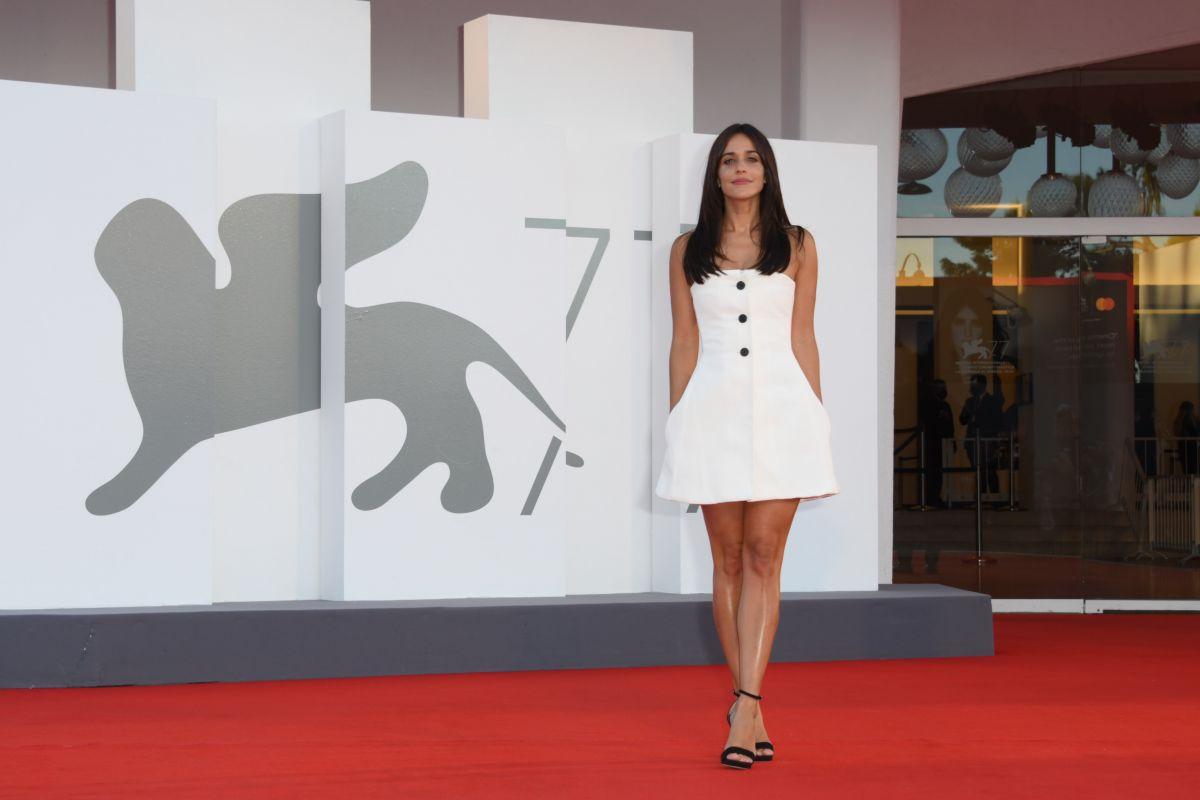 Macarena Garcia Notturno Premiere 2020 Venice Film Festival