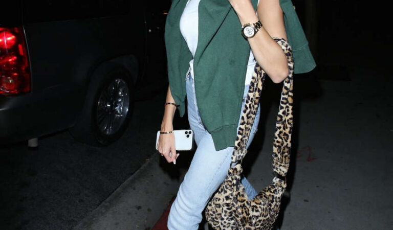 Madison Beer Leaves Boa Steakhouse Hollywood (8 photos)