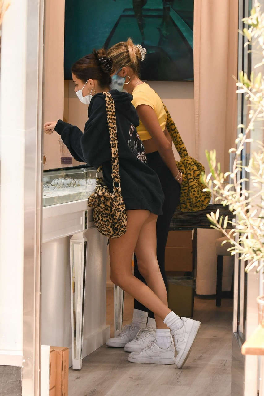 Madison Beer Shorts Out For Lunch Beverly Hills