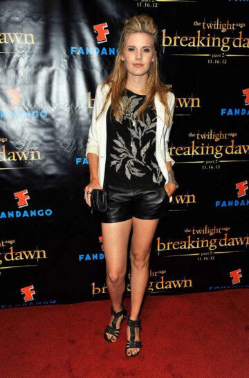 Maggie Grace Breaking Dawn Part 2 Vip Comic Con Celebration San Diego