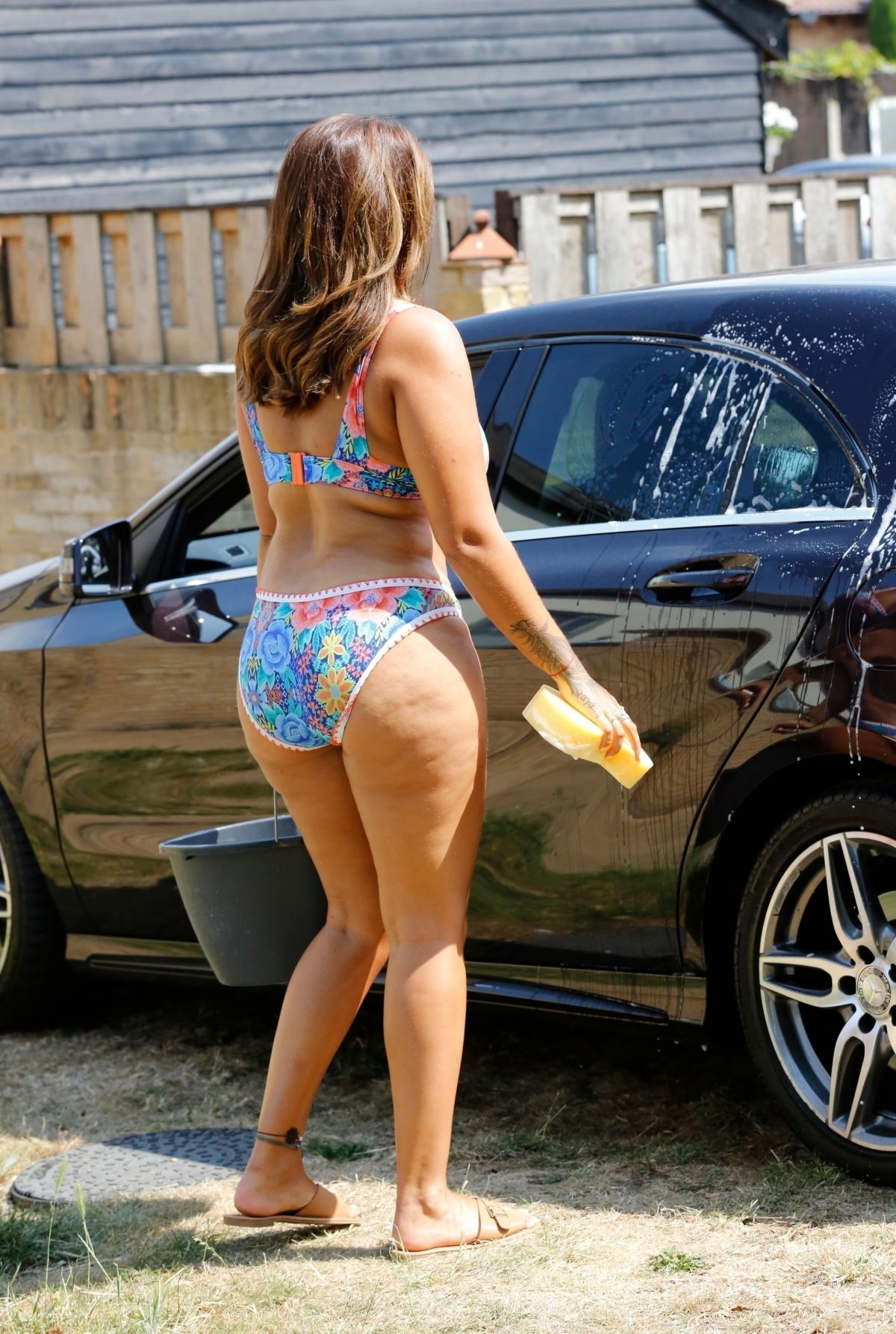 Malin Anderson Bikini Washing Her Car Out London