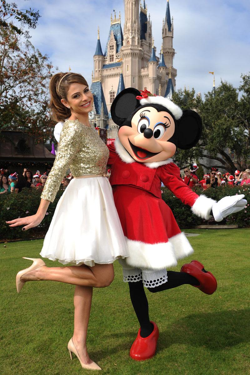 Maria Menounos 2012 Disney Christmas Tv Special Walt Disney World Florida
