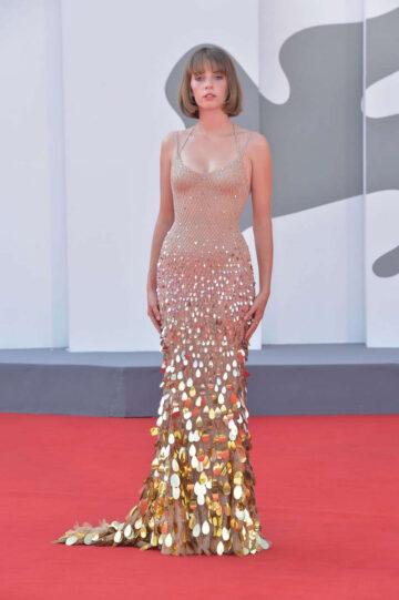 Maya Hawke Mainstream Premiere 77th Venice Film Festival