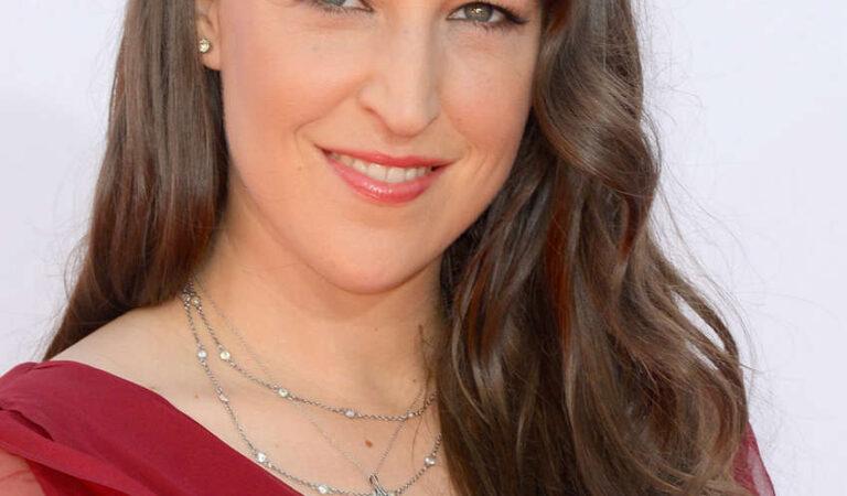 Mayim Bialik 64th Primetime Emmy Awards Los Angeles (3 photos)