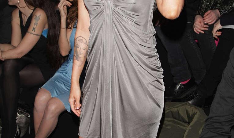 Megan Fox (7 photos)