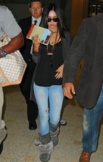 Megan Fox Arrives Airport Sydney