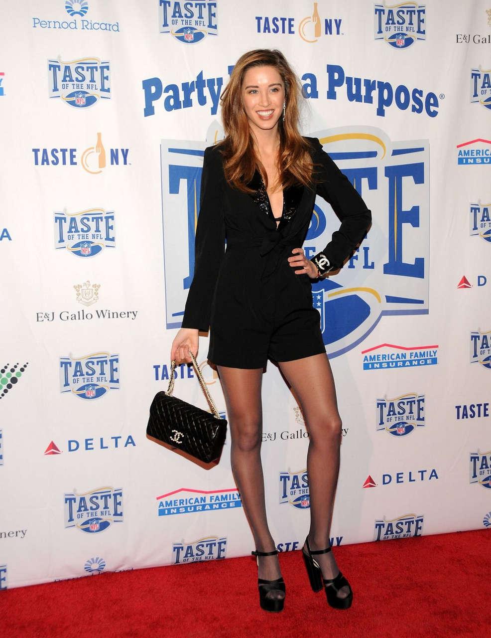 Melissa Bolona Super Bowl Party Purpose