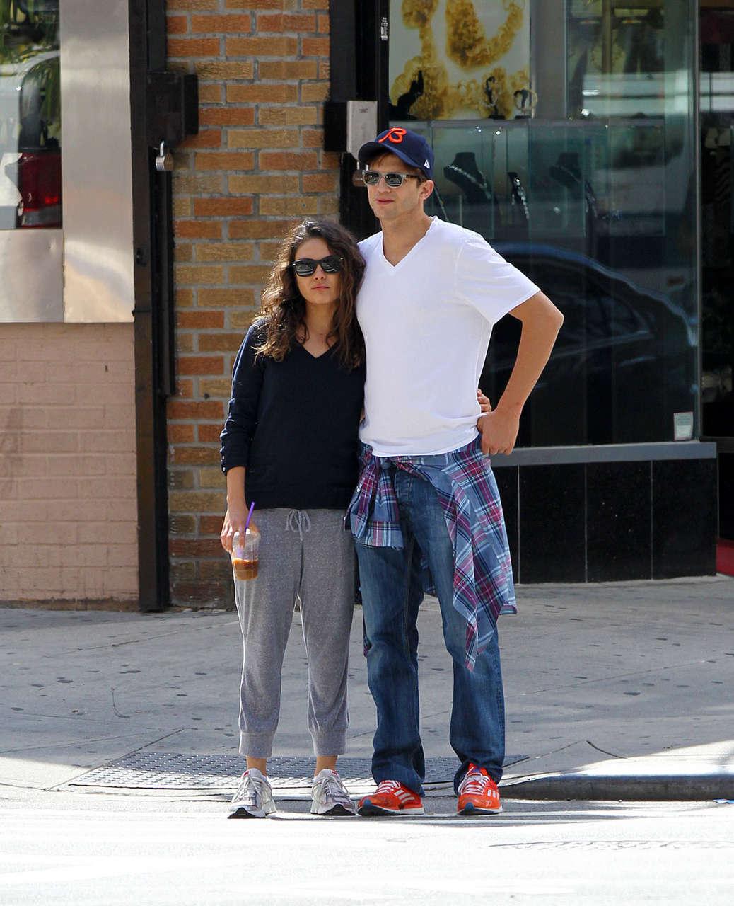 Mila Kunis Ashton Kutcher Out Nad About New York