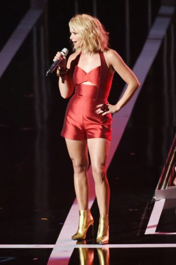 Miranda Lambert Performs Fashion Rocks 2014 New York
