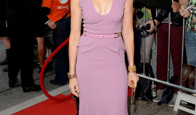 Naomi Watts Impossible Premiere Toronto Film Fest (9 photos)
