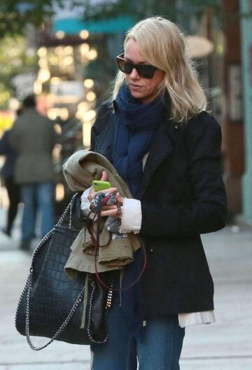 Naomi Watts Leaves Her Apartment New York