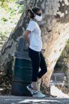 Natalie Portman Out Hiking Griffith Park Los Feliz